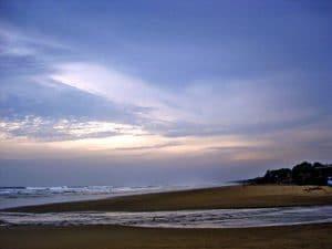 Pantai Bagedur 300x225 16 Tempat Wisata di Banten dan Sekitarnya
