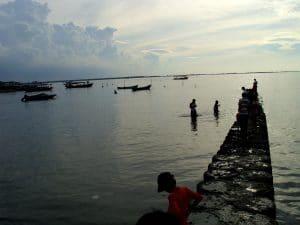 Pantai Tanjung Pasir 300x225 10 Tempat Wisata di Tangerang dan Sekitarnya