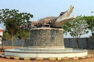 Taman Buaya Tanjung Pasir 300x200 10 Tempat Wisata di Tangerang dan Sekitarnya