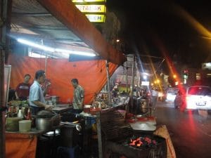 wisata kuliner pecenongan