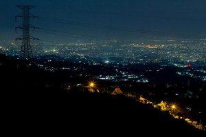 Bukit Moko malam hari
