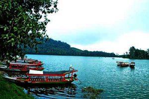 Tempat Wisata Bandung - Danau Situ Patenggang
