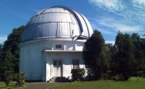 Observatorium Bosscha 300x185 15 Tempat Wisata di Bandung yang Wajib Dikunjungi