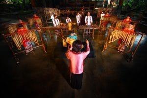Tempat Wisata Bandung - Saung Angklung Udjo
