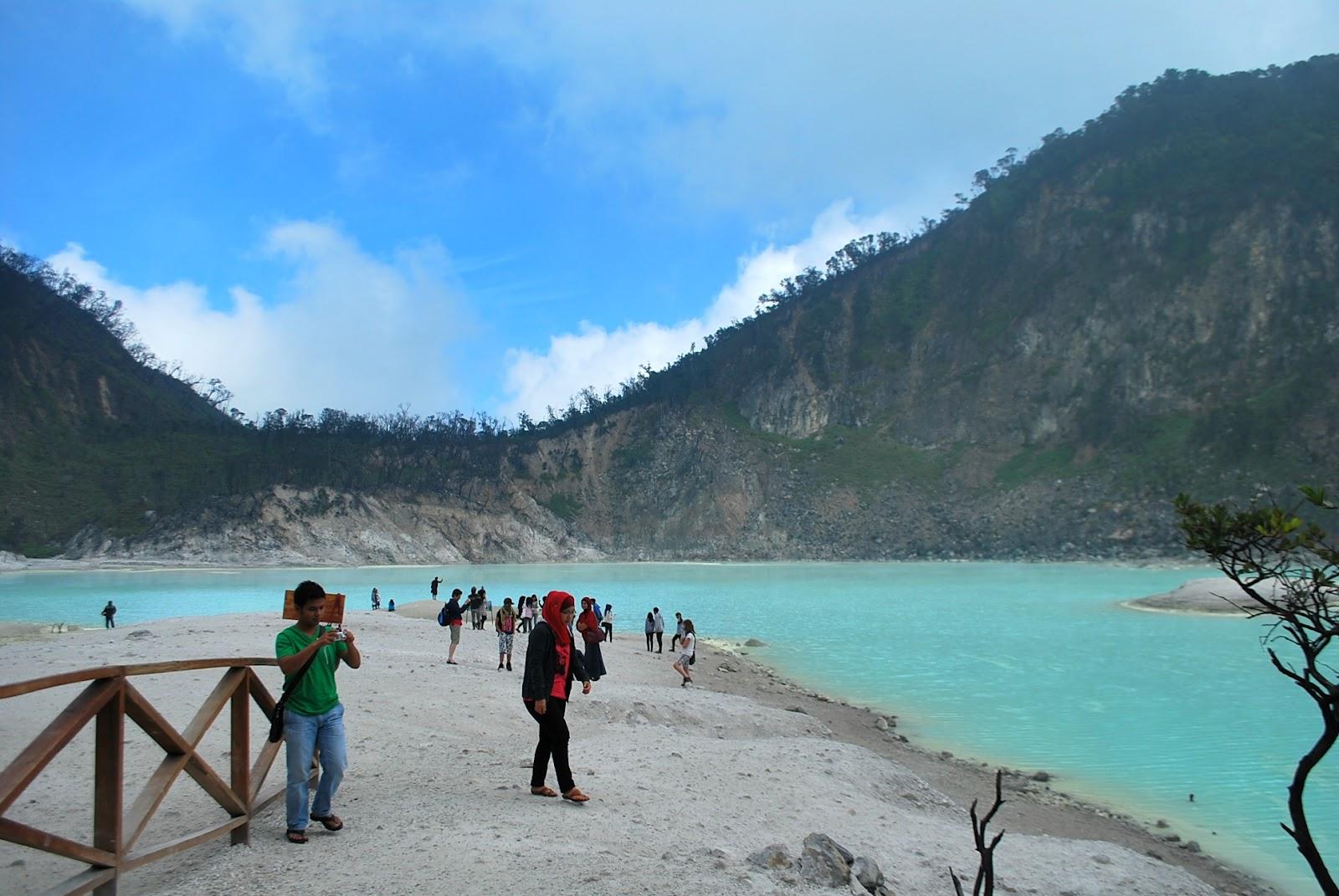 wisata Kawah Putih Ciwidey