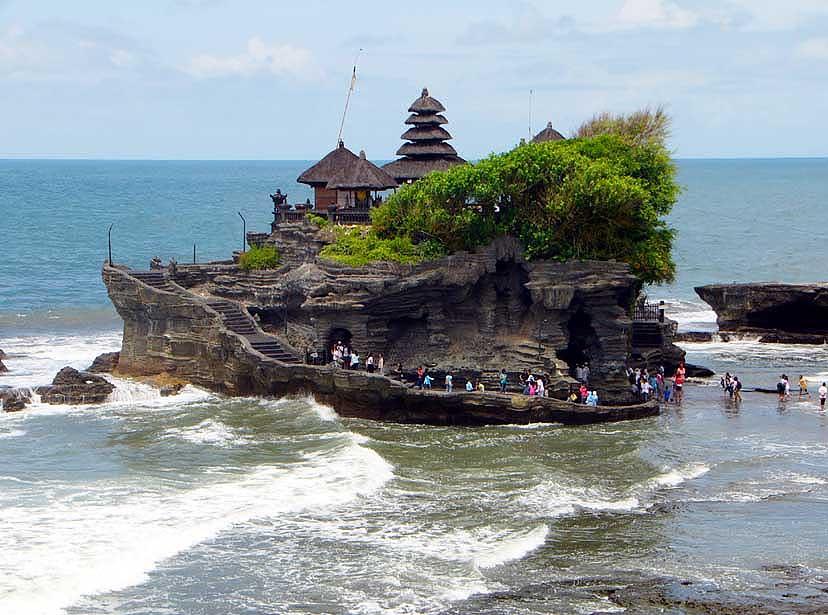 Wisata Bali Tanah Lot Aneka Tempat Wisata