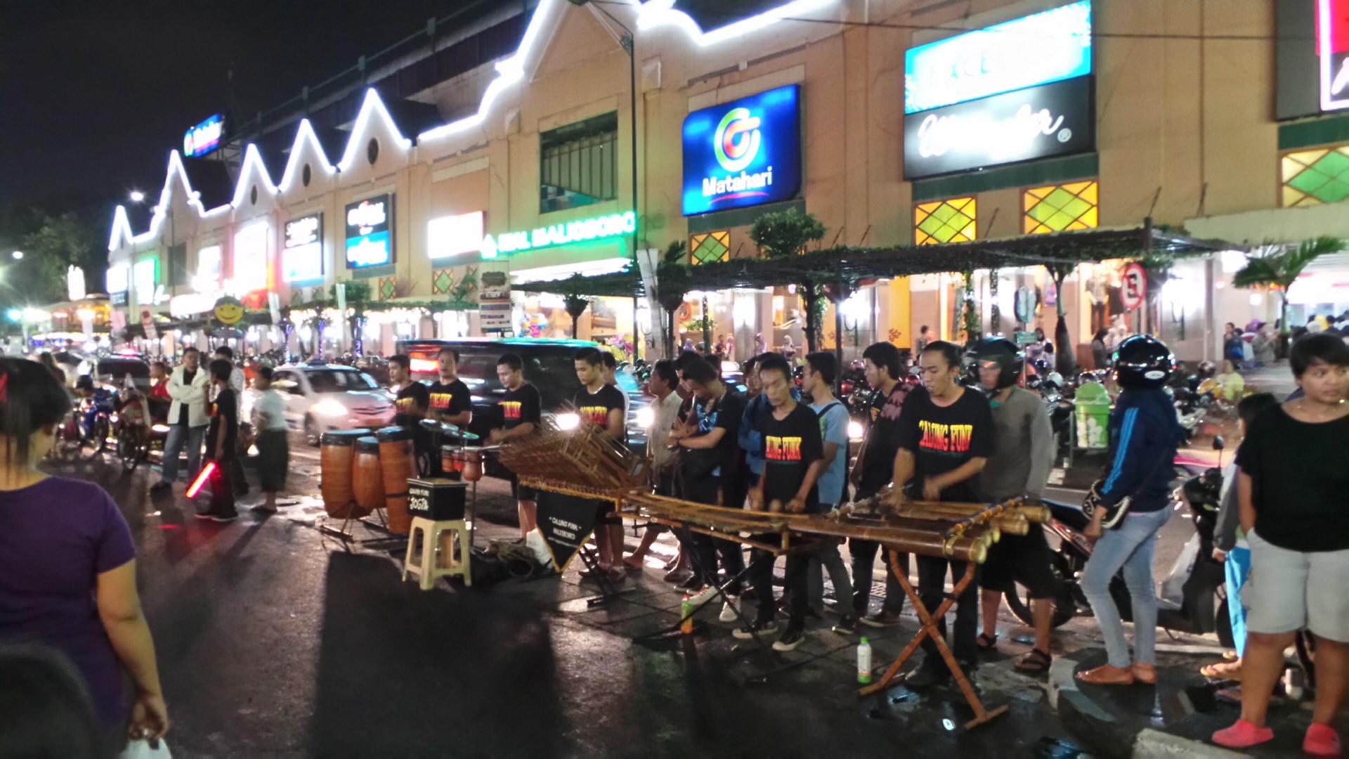 Wisata Jogja - Jalan Malioboro - Aneka Tempat Wisata ce8aef0d83