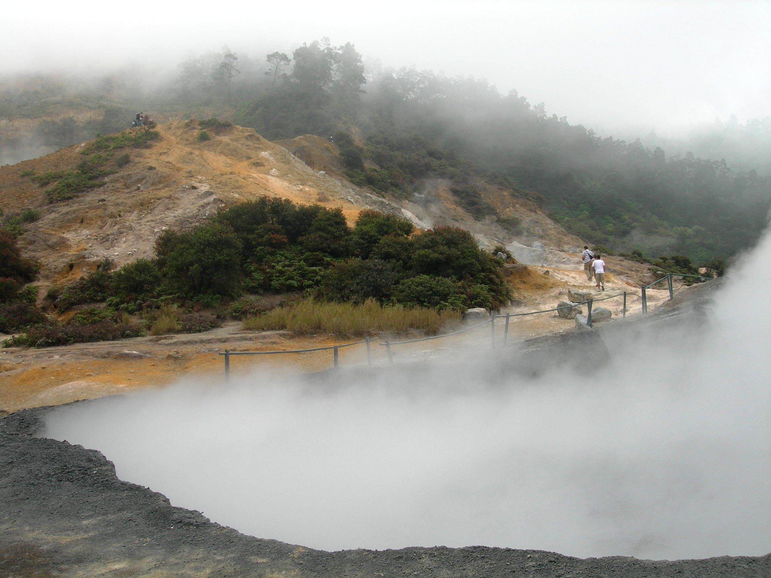 5 Tempat Wisata Di Dieng Wonosobo Yang Wajib Dikunjungi