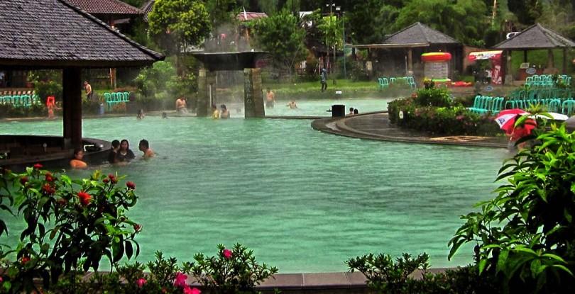 Pemandian Air Panas Ciater, Tempat Asyik Untuk Menghabiskan Waktu Bersama Keluarga