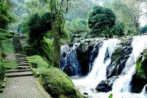 taman wisata Maribaya Bandung