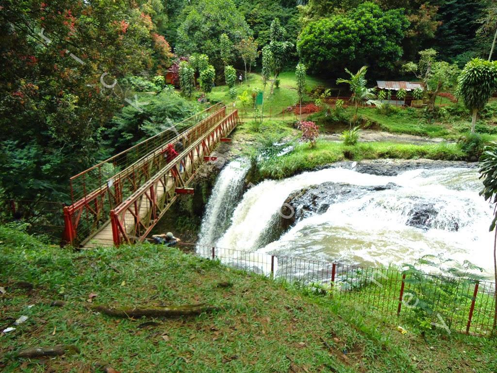 Maribaya Bandung, Pemandian Air Panas Dengan Banyak Mitos on