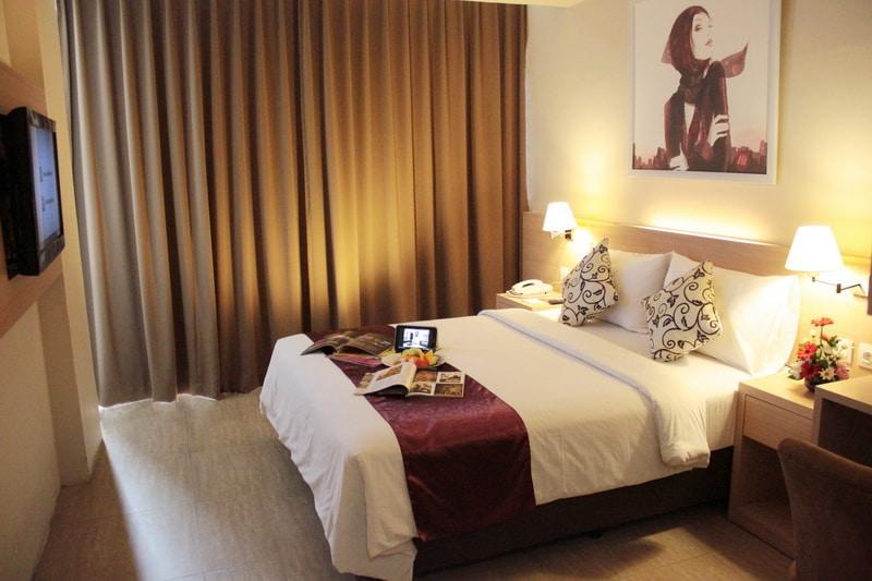 hotel btc bandung)