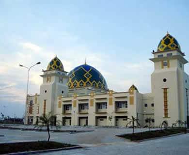 10 Tempat Wisata Di Jakarta Utara Selain Mall Yang Wajib