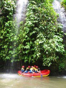 Arung Jeram Sungai Ayung - tempat wisata di bali