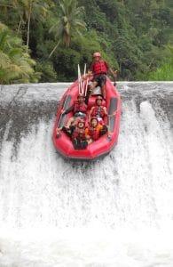 tempat wisata di bali - Arung Jeram Sungai Telaga Waja