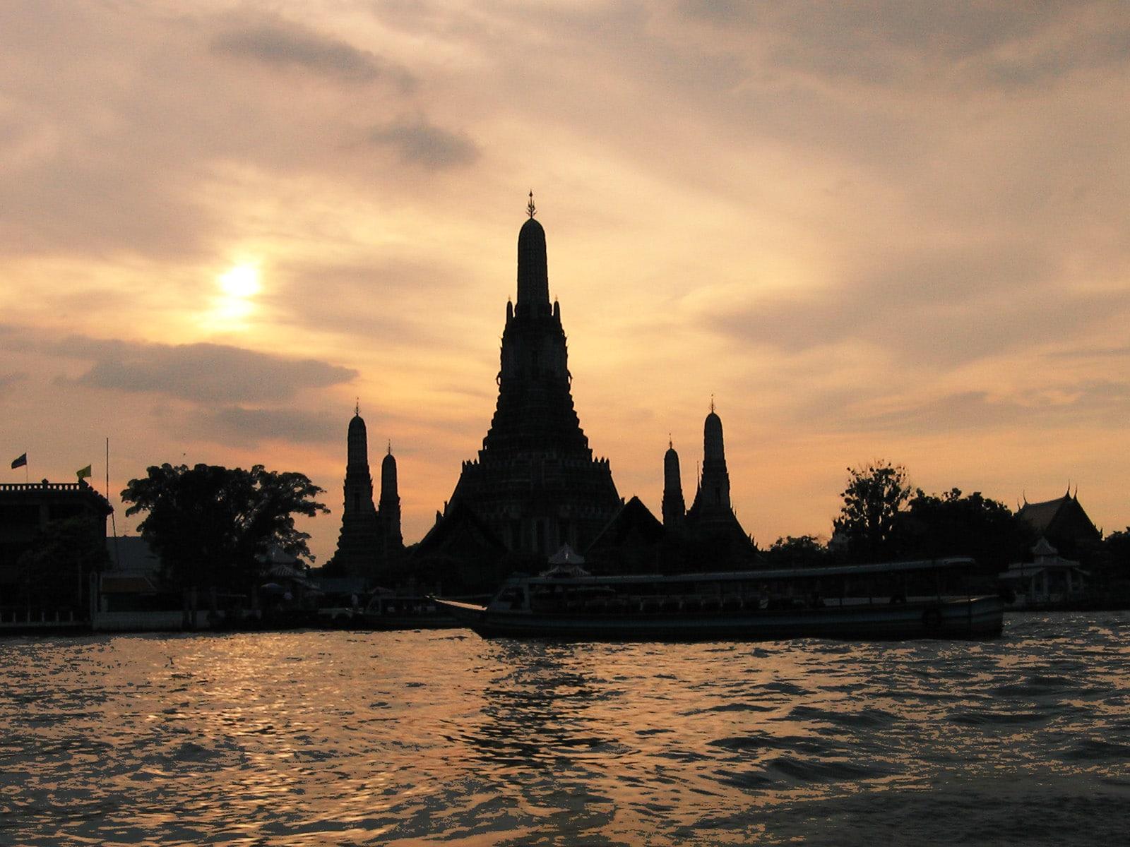 Kuil Fajar (Wat Arun)