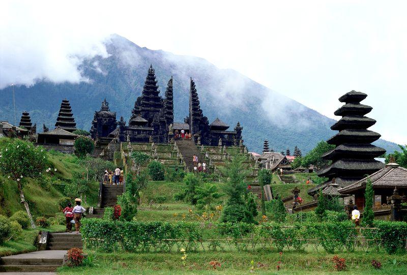 Tempat Wisata di Bali - Pura Besakih