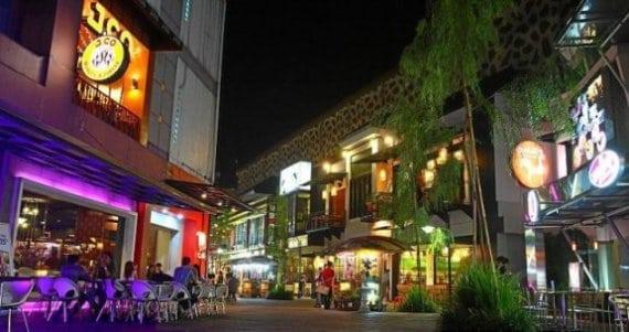 5 Tempat Wisata Belanja Terfavorit di Bandung - Pojok Bandung 5ea3eb18e1