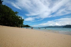 Tempat Wisata di Lampung - Pantai Pasir Putih