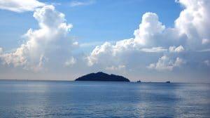 Tempat Wisata di Lampung - Pulau Kubur