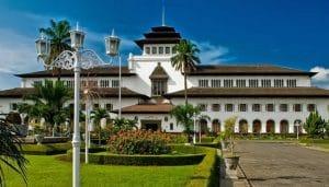 Gedung-Sate (marjayatrans)