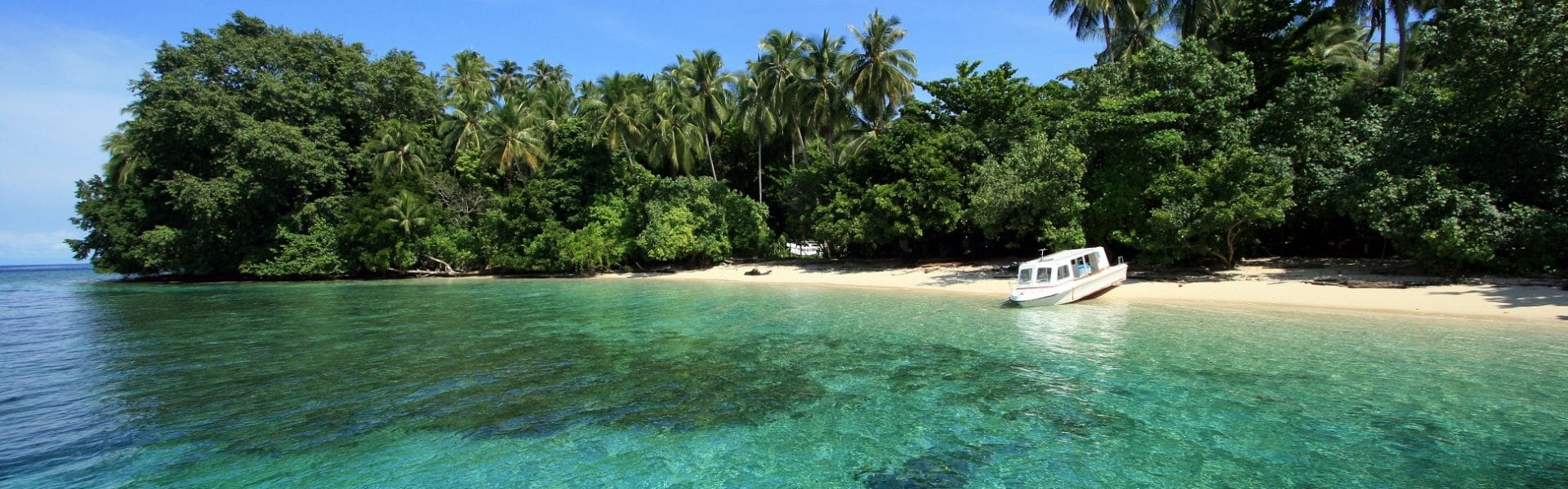 10 Tempat Wisata Di Papua Yang Wajib Dikunjungi