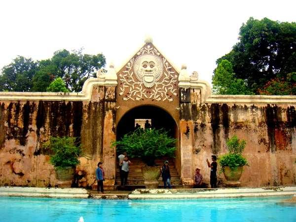 Istana Air Taman Sari