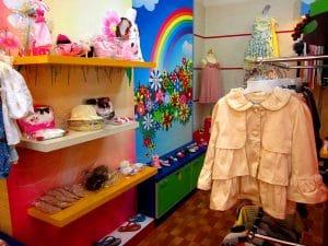 Pakaian ala Factory Outlet Bandung. oleh-oleh khas bandung