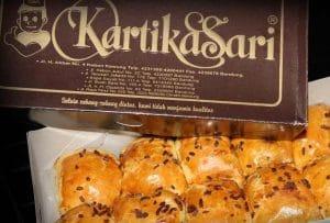 Pisang Bollen Kartika Sari. oleh-oleh khas bandung