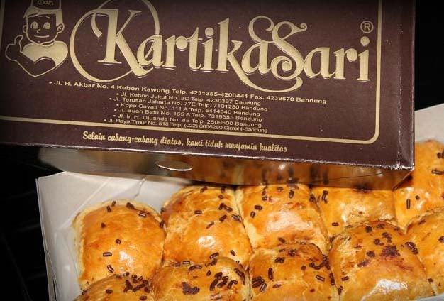 Itinerary Bandung Hari Ketiga - Pisang Bollen Kartika Sari