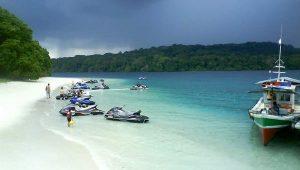 Jet ski Pantai Tanjung Lesung