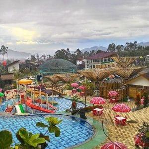 Ciwidey Valley Resort Hot Spring Water Park (dederahmathidayat)
