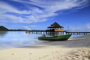Pantai Ora, Maluku Tengah