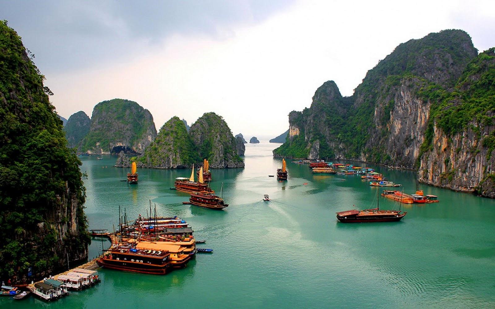 Tempat Wisata di Hanoi -Ha Long Bay