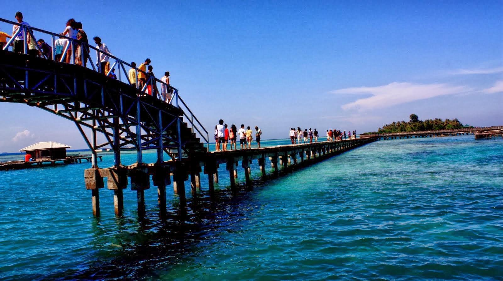 8 Tempat Wisata Pantai di Jakarta dan Sekitarnya yang Wajib