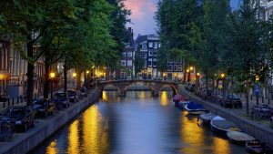 tempat wisata di Belanda - Kanal Amsterdam