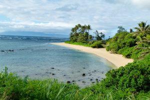 tempat wisata di Hawaii - Pantai di Molokai
