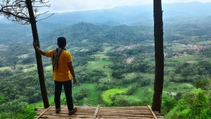 Wisata Bukit Panembongan