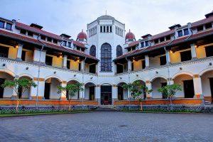 tempat wisata di Semarang - Lawang Sewu