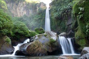 Tempat Wisata di Jawa Timur - Air Terjun Coban Rondo