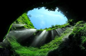 Tempat Wisata di Jawa Timur - Air Terjun Madakaripura