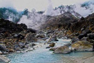 Tempat Wisata di Sukabumi - Kawah Ratu