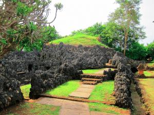 Gua Taman Sari Sunyaragi