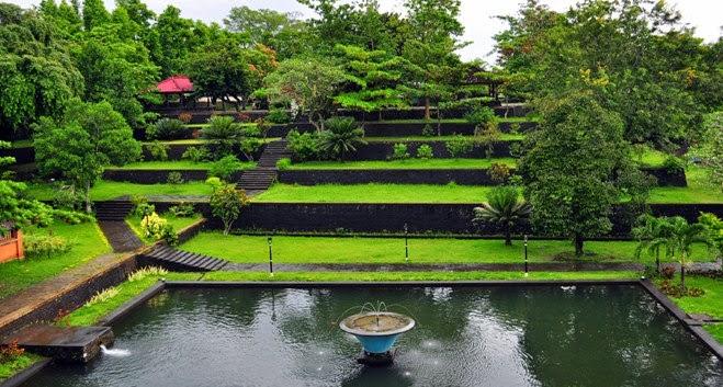 Wisata Lombok - Taman Narmada