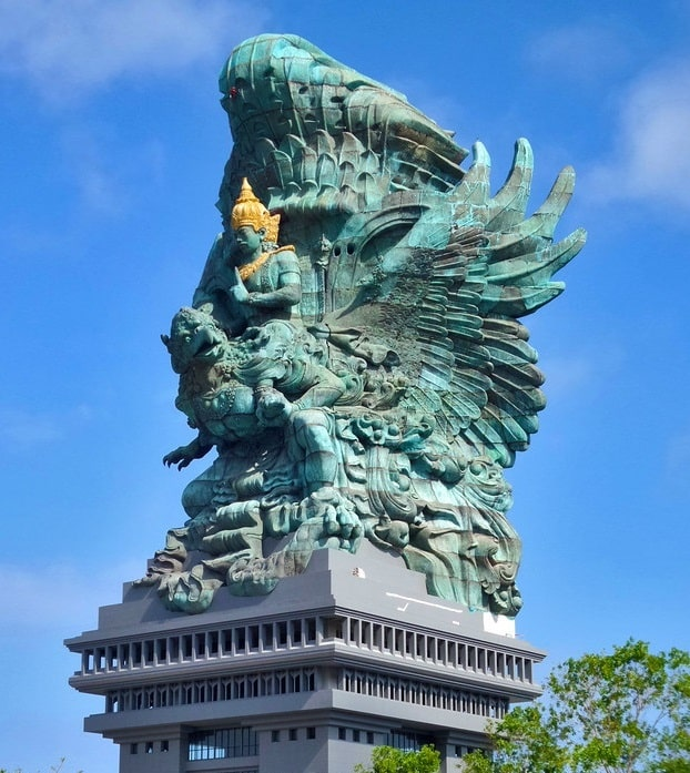 Tempat Wisata di Bali Garuda Wisnu Kencana