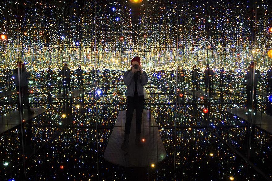 museum macan Infinity mirror