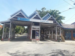 Memasuki Pantai Tanjung Bira