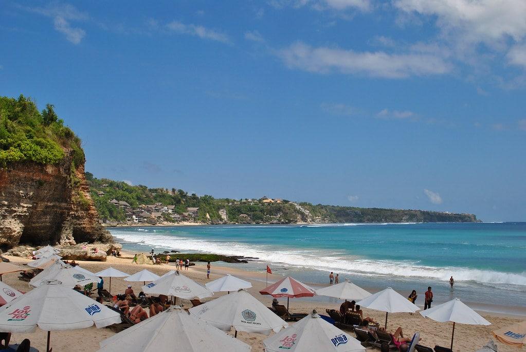 Pantai Dream Land - Tempat wisata di Bali
