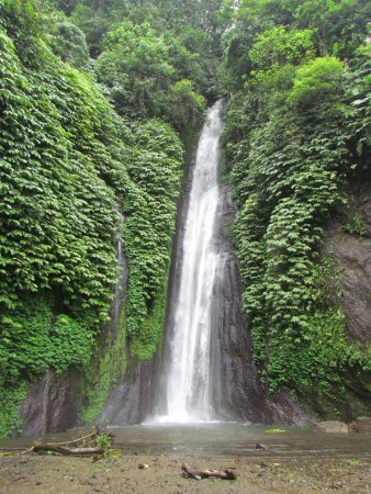 Air Terjun Menduk