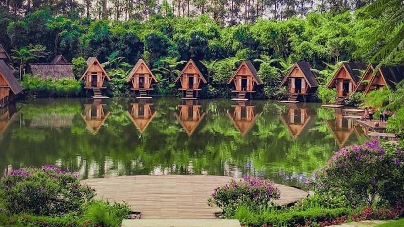 Review Wisata Dusun Bambu Lembang